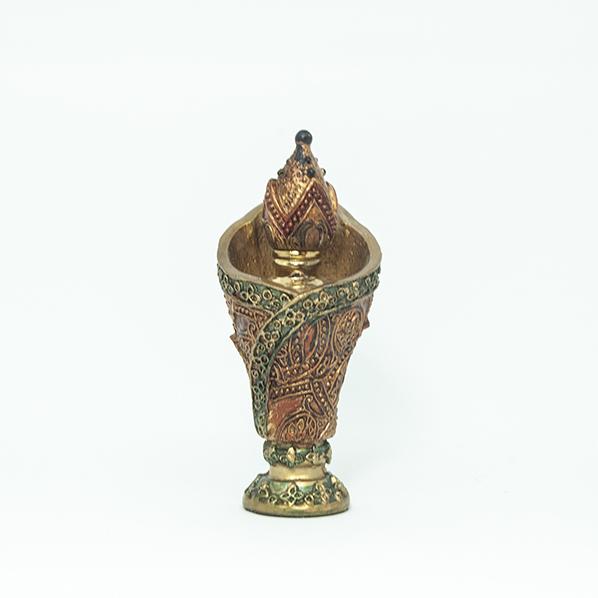 Traditionele arabische parfumfles voor essentiële oliën en parfum