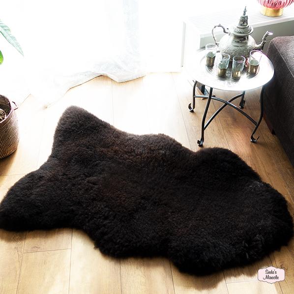 Bruin schapenvacht van 100% echt wol