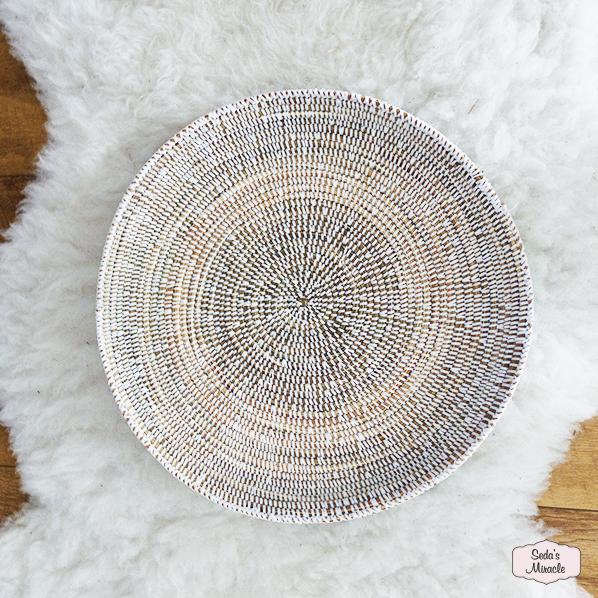 Handgemaakte Afrikaanse platte schaal