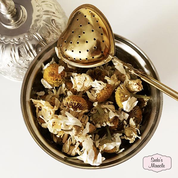 Madeliefjes thee in authentiek Marokkaans bakje