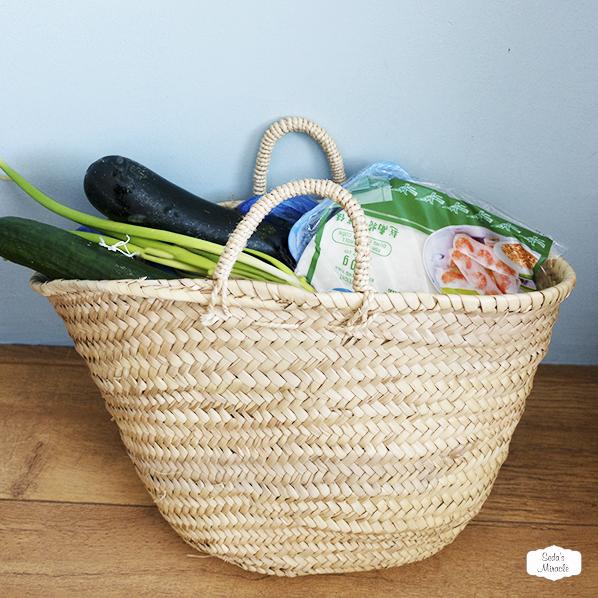 Handgemaakte bohemian tas van Marokkaans palmblad voor boodschappen, strand of als mand