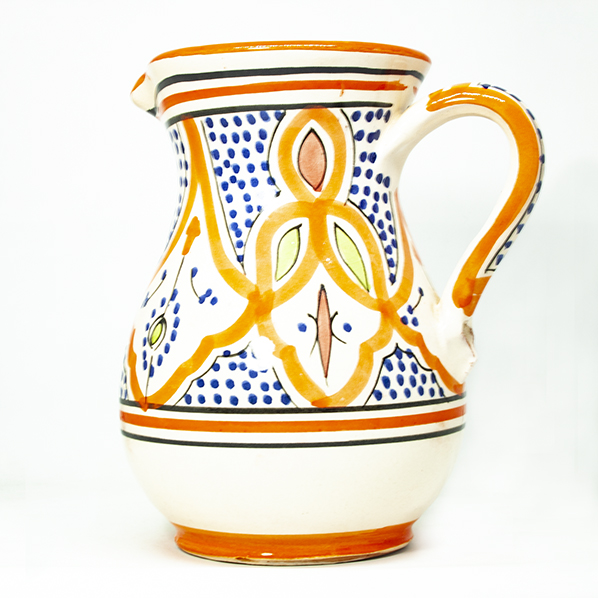 Marokkaanse aardewerk kan, handgemaakt