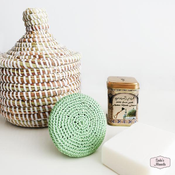 Seda's fave cadeaupakket met Afrikaans bijoux mandje, Marokkaanse scrubsteen, Marokkaans geurblokje amber musk jamid en natuurlijke argan zeep