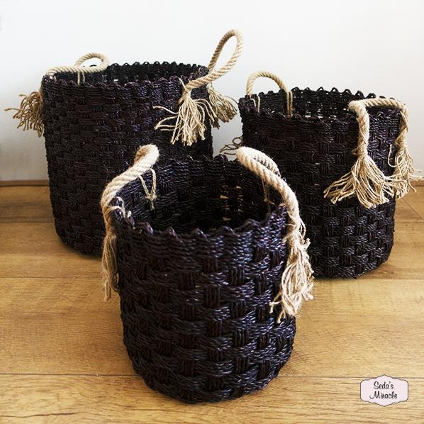 Handgemaakt Java manden set van Pandanus bladeren