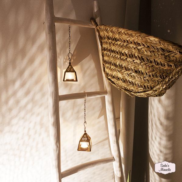 Handgemaakte Marokkaanse ladder, Essaouira mand van zeegras en oosterse Babbell waxinelichthouder