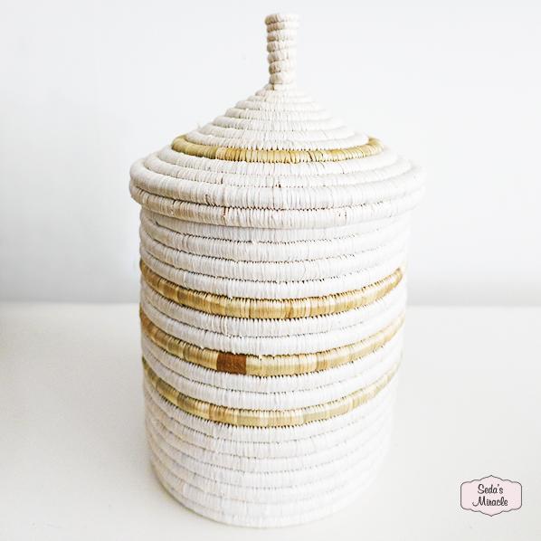 Handgemaakte Zanya mand met deksel