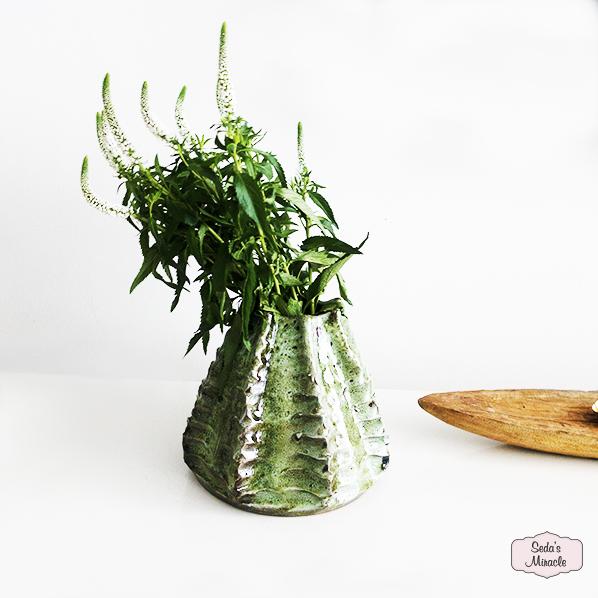 Handgemaakte Marokkaanse cactus vaas door kunstenaar Karim
