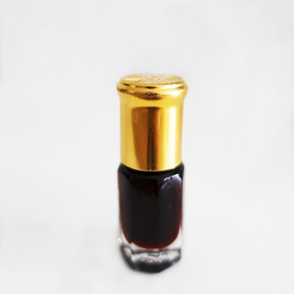 Geconcentreerde oudh parfum, roller