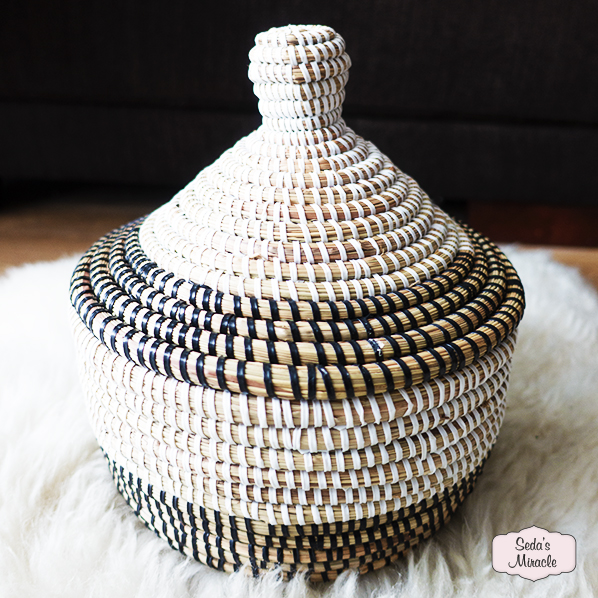 Handgemaakt Afrikaans Bayla bijoux mandje, medium