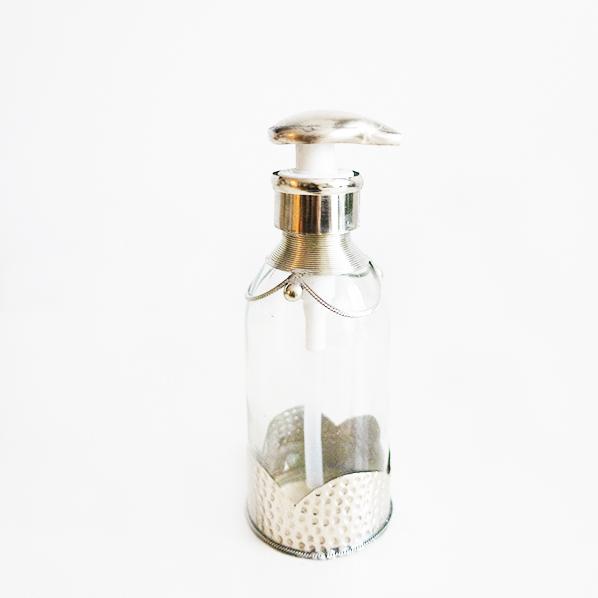 Handgemaakt Marokkaans zeeppompje, zilverkleurig