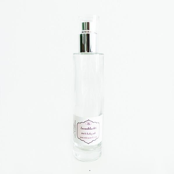 Natuurlijk biologisch lavendelwater, spray