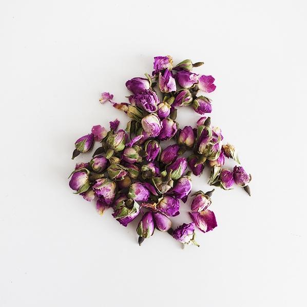 Gedroogde Marokkaanse rozenknopjes