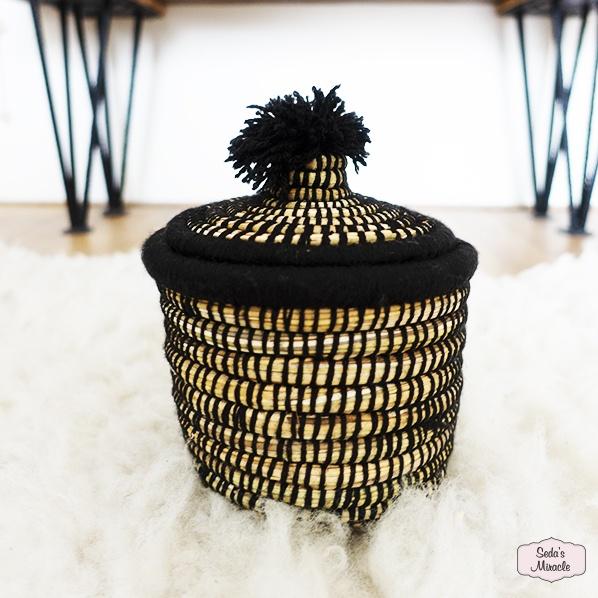 Handgemaakt Marokkaans bijoux mandje zwart, medium
