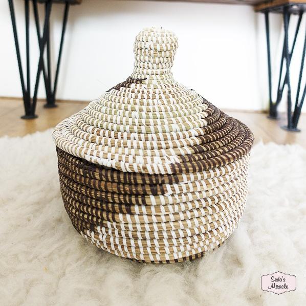 Handgemaakt Afrikaans Yaza bijoux mandje, medium