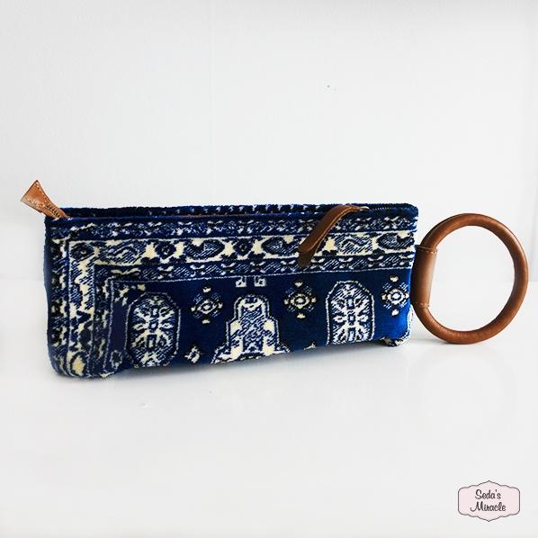 Handgemaakte Marokkaanse Berber clutch, blauw